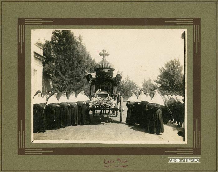 "Funeral de ""Malong"" (frente)"