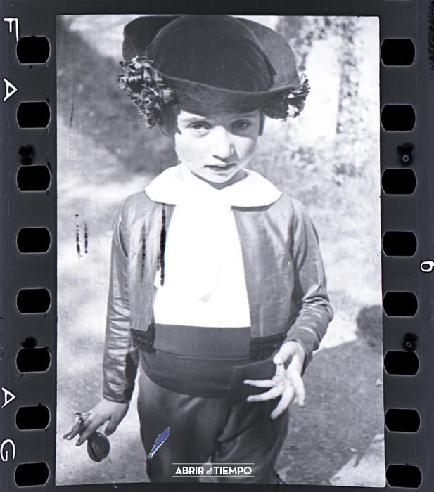 Negativo película AGFA, 35 mm. Circa 1925. © Abrir el tiempo