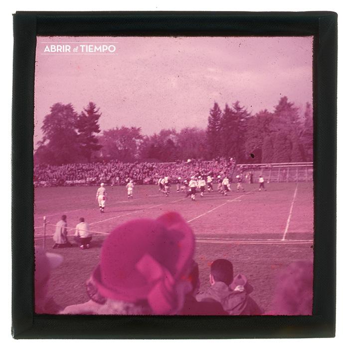 Stadium-Pole-1940-Abrir-el-tiempo-3