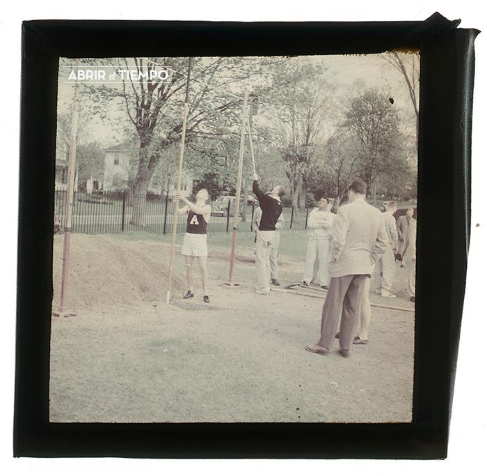Stadium-Pole-1940-Abrir-el-tiempo-6